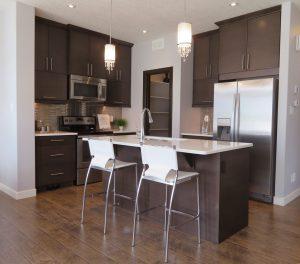 Americká lednice je prostorná a skvěle zapadne do interiéru vašeho domu.